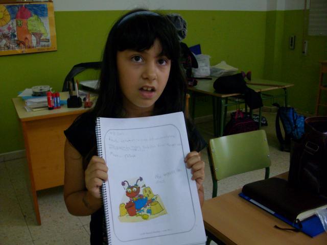 Yanela contou toda a súa viaxe a Vigo.