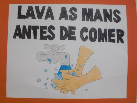 LAVA AS MANS ANTES DE COMER