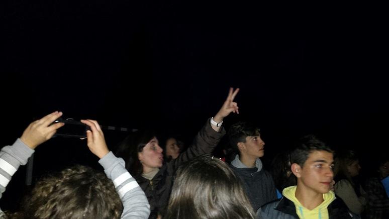 Alumnos de 3ºESO observando o ceo