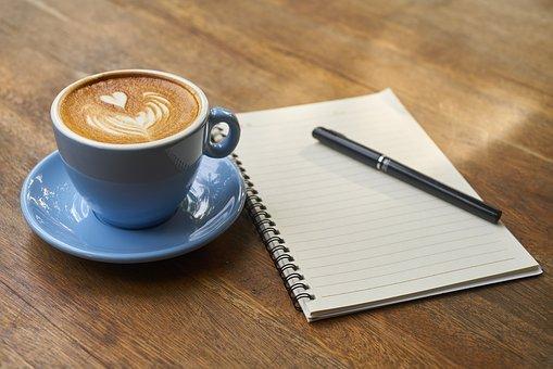 libro e café