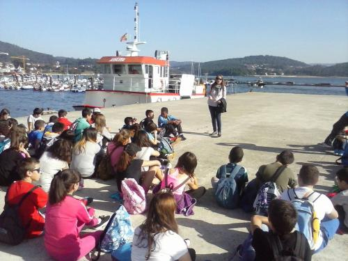 Charla no muelle do Freixo