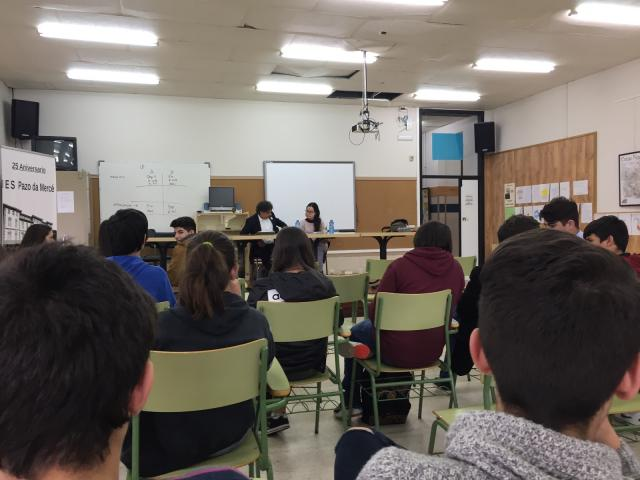 Alumnado durante a charla