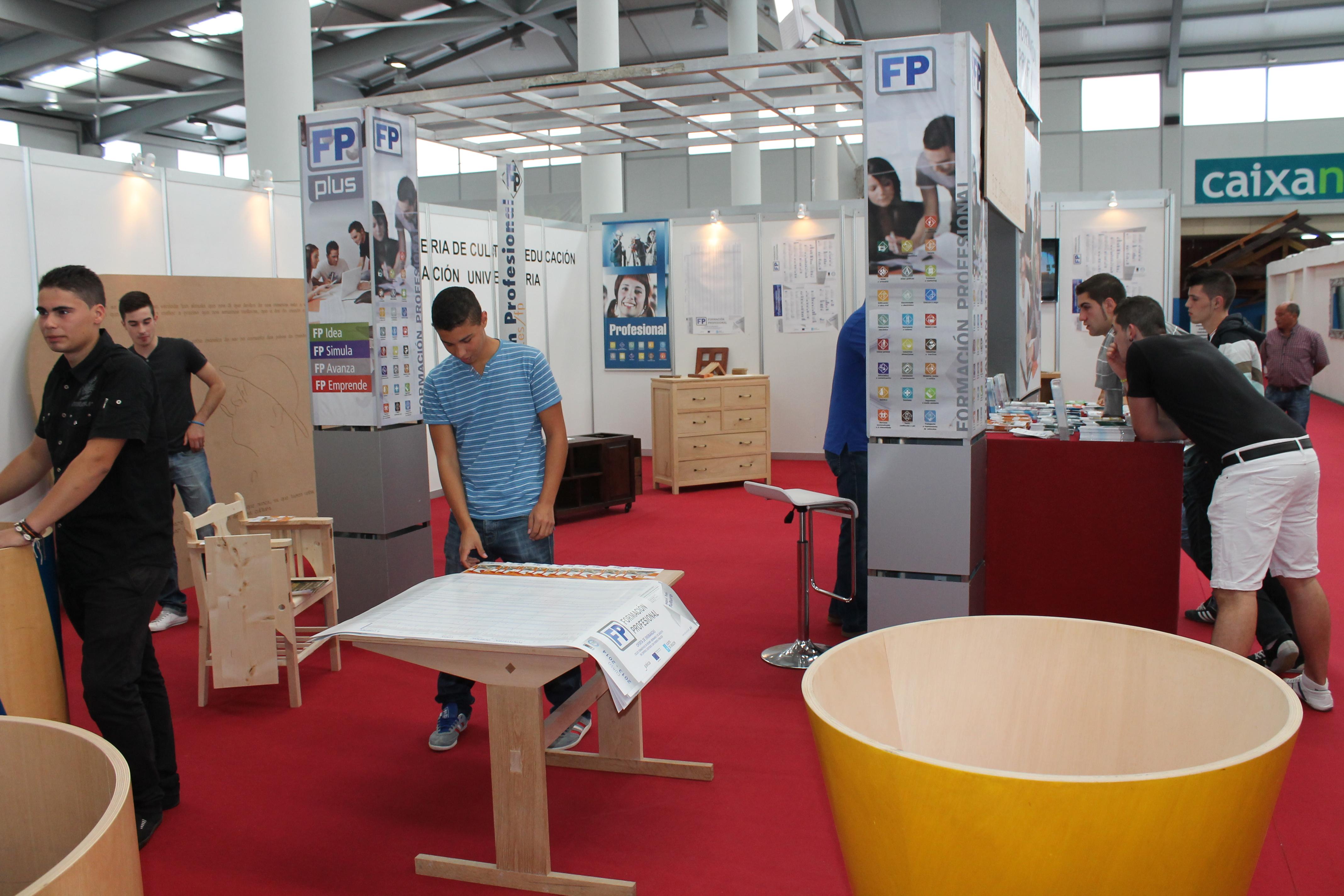 xxiv feira do moble de galicia xunta de galicia. Black Bedroom Furniture Sets. Home Design Ideas