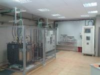 Transformadores de potencia didácticos integrados nunha rede de distribución de media tensión
